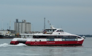 Photo of RED JET 4 ship