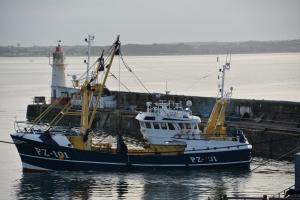 Photo of LOUISA N PZ101 ship