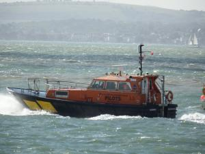 Photo of PILOT VESSEL HAMWIC ship