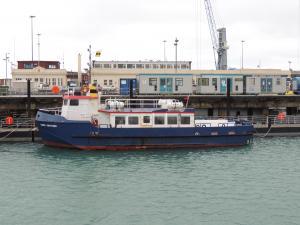 Photo of SARK VENTURE ship