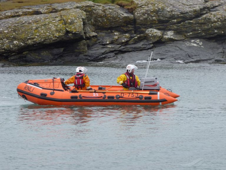 RNLI LIFEBOAT D-753 photo