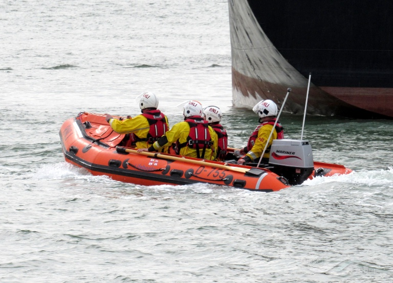 RNLI LIFEBOAT D-755 photo