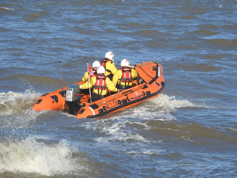 RNLI LIFEBOAT D-770 photo