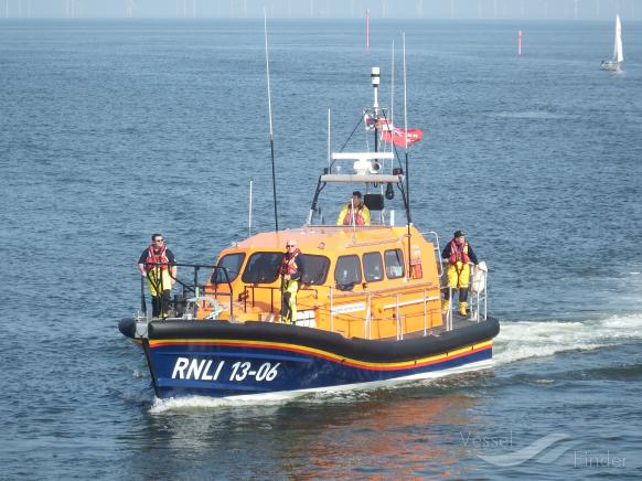 RNLI LIFEBOAT 13-06 photo