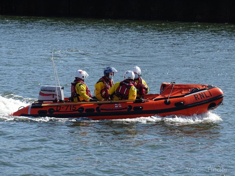 RNLI LIFEBOAT D-715 photo