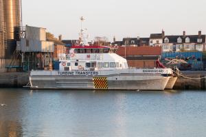 Photo of RHOSNEIGR BAY ship