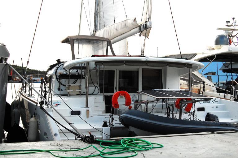 EMERALD SEAS photo