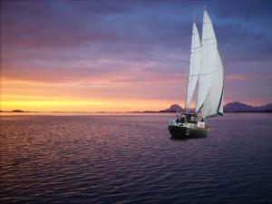 Photo of MAE WEST ship