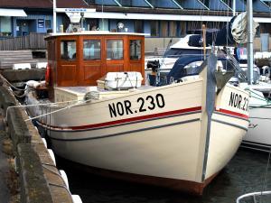 Photo of NOORDVAARDER ship