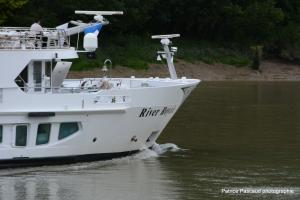 Photo of RIVER ROYALE ship