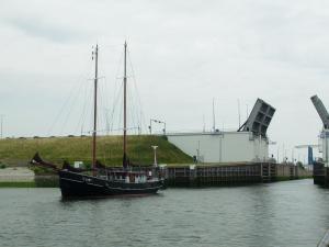 Photo of TX 51 ship