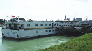 Photo of ESMERALDA ship