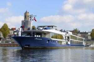 Photo of LEONORA ship