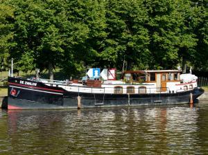Photo of DE ZWALUW ship