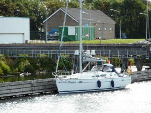 Photo of PAUZE ship