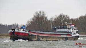 Photo of WIJNANDA ship