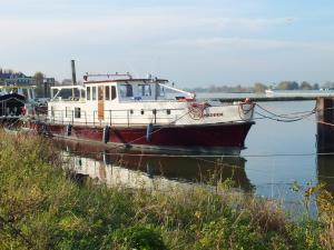 Photo of EIGENBODEM ship