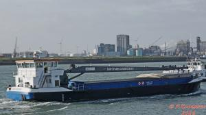 Photo of CRANE BARGE 4 ship