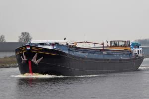 Photo of AVONTUUR ship