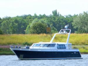 Photo of RAIATEA ship