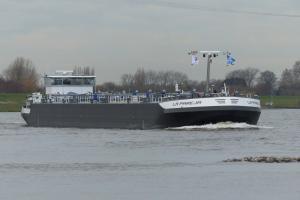 Photo of LA PAREJA ship