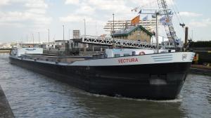 Photo of VECTURA ship