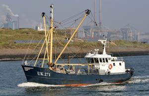 Photo of UK271 ESTER JACOBA ship