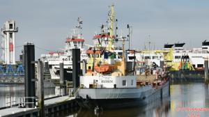 Photo of ROUZAND EXPRESS ship