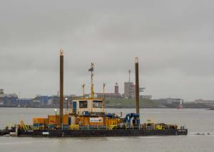 Photo of HAM 1208 ship