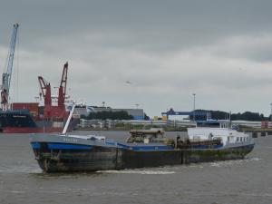 Photo of EVELINE ship