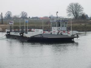 Photo of PONT OPHEUSDEN ship