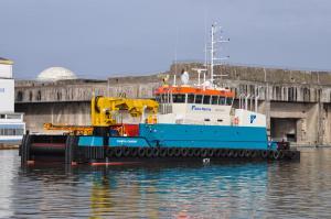 Photo of COASTAL CHARIOT ship