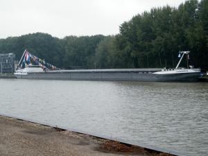 Photo of VIVADERO-R ship