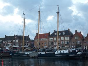 Photo of OOSTVOGEL ship