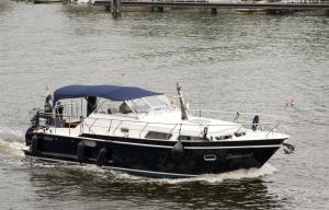 Photo of ZEEAREND ship