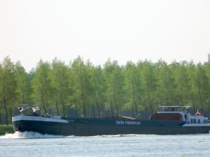 Photo of SCHROOTRUNNER2 ship
