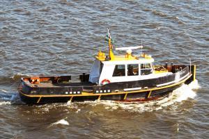 Photo of RVE53 ship