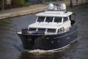 Photo of EAU DE VIE ship