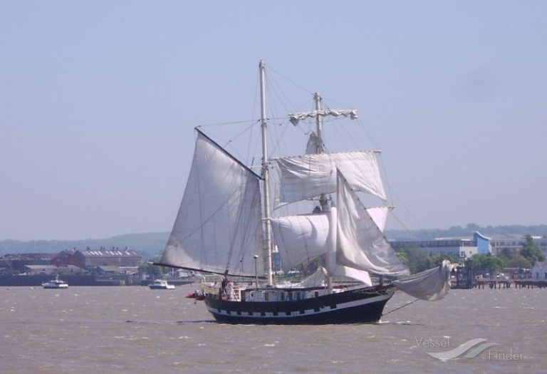 LADY OF AVENEL (MMSI: 246023000) ; Place: Thames. Tilbury