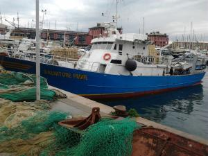 Photo of SALVATORE PADRE ship