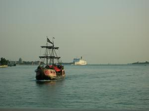 Photo of JOLLY ROGER 1 ship