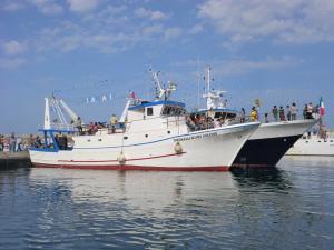 Photo of SALVATORE GIULIANO ship