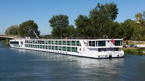 Photo of SCENIC EMERALD ship