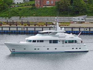 Photo of BELLE DE JOUR ship