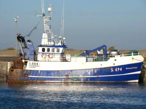Photo of ROBYN R J ship