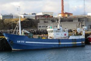 Photo of SAEFARI       B ship