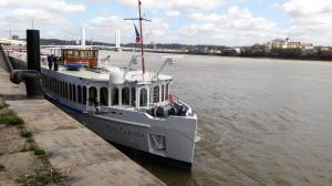 Photo of RIVER CHANSON ship