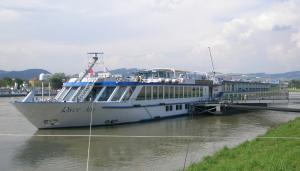 Photo of RIVER ARIA ship