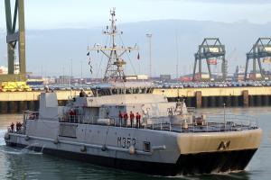 Photo of NATO WARSHIP M352 ship