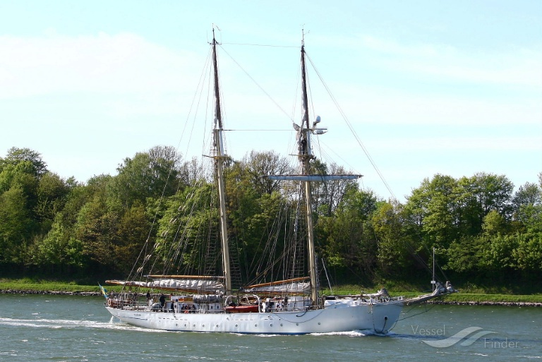 HMS GLADAN photo